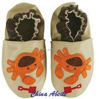 2014 mixed the design and size wholesale Baby organic cotton baby warm moccasins lamb wool soft-soled baby shoes