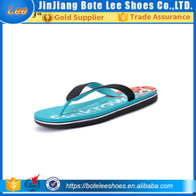 New Design Men's Flip Flops Beach Slippers And Men Flat Rubber Sandals Flip For Man and Woman