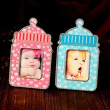 Wholesale baby shower favor prince and princess baby bottle platic photo frame