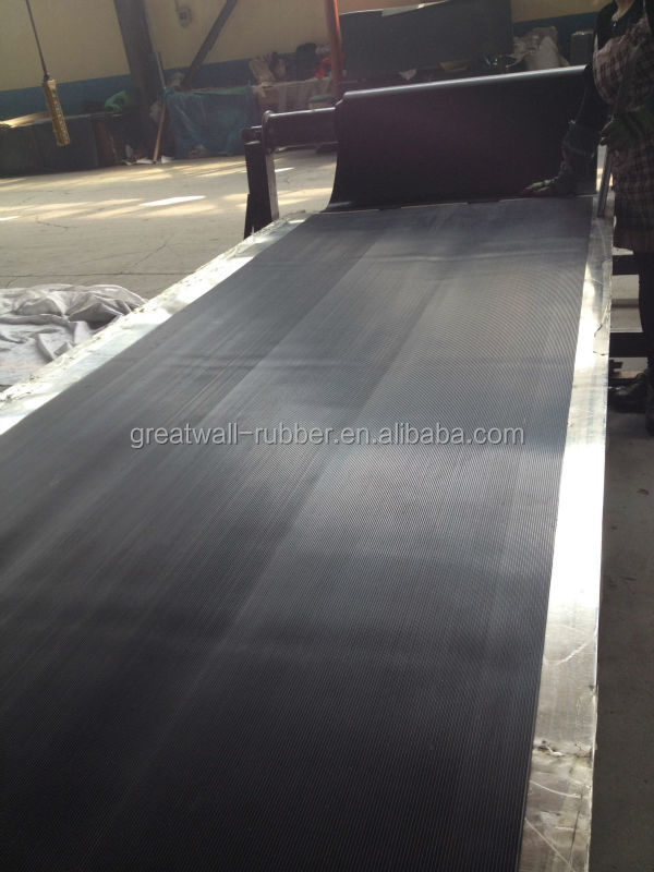 Great Wall Anti slip Ribbed Ramp Matting corrugated Rubber Flooring