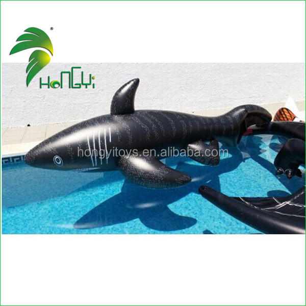 Hot Popular Amazing Custom Cartoon Giant Inflatable Water Toy