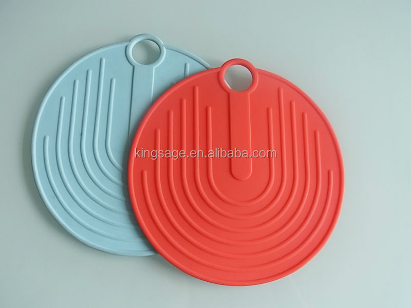 Square Non-Slip Silicone Potholder, Trivet, Table Mat in Popular Bright Color (black, Green, purple, and Pink)