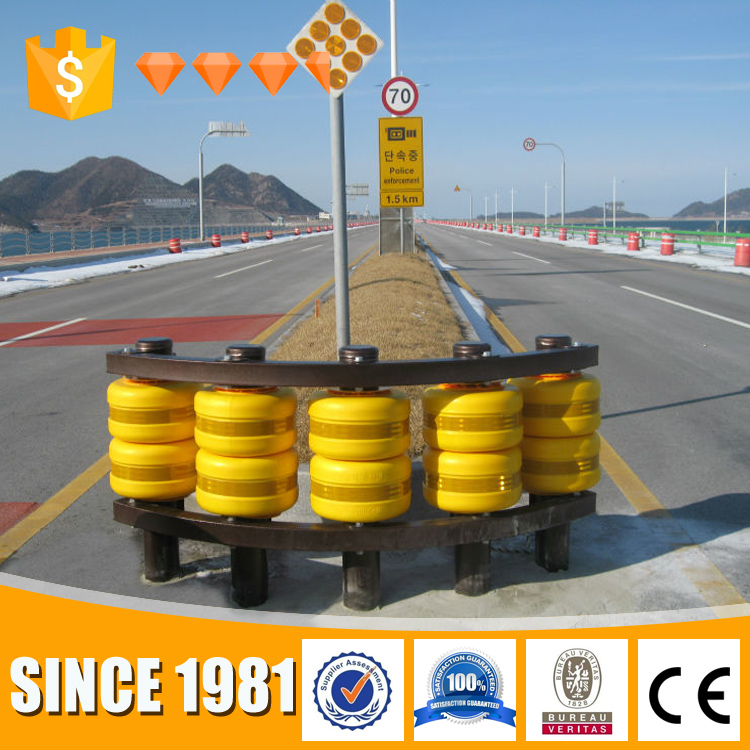 Highway barriers safety rolling barrier / guard rail