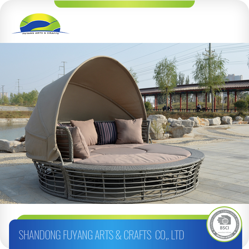 New Style outdoor furnitrue Outdoor Wicker Sunbed With Canopy