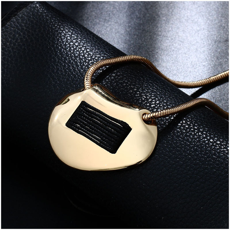 yiwu jewelry supply china zinc alloy friend necklaces silver pendant minimalist jewellery