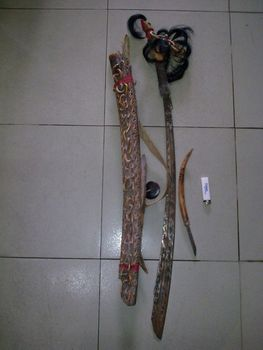 SELLING TRIBAL MANDAU SWORD