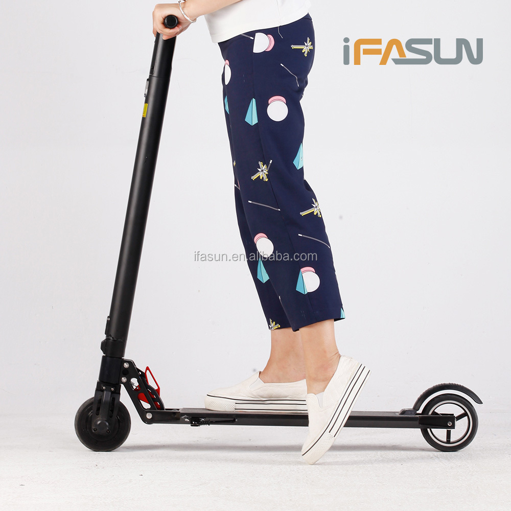 Hot Sale Version 2.0 Carbon Fiber Electric Scooter Motor Parts 3000w 60v Three 2 BIg Wheel Electric Balance Standing Scooter