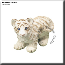 polyresin white tiger figurine