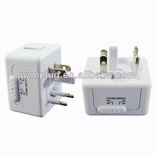 2013 most practical mini size universal USB travel adapter plug for home appliances