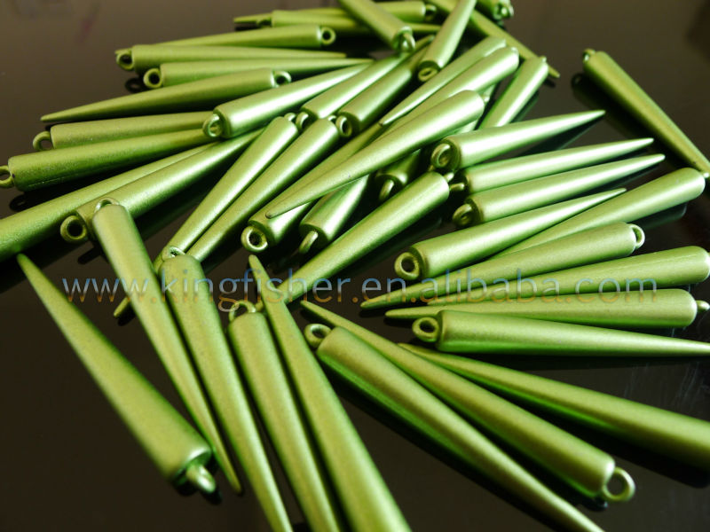 Green colors acrylic rivet spike beads!! Basketball wives beads spike beads!! Hottest sales!! Lowest prices!! !!