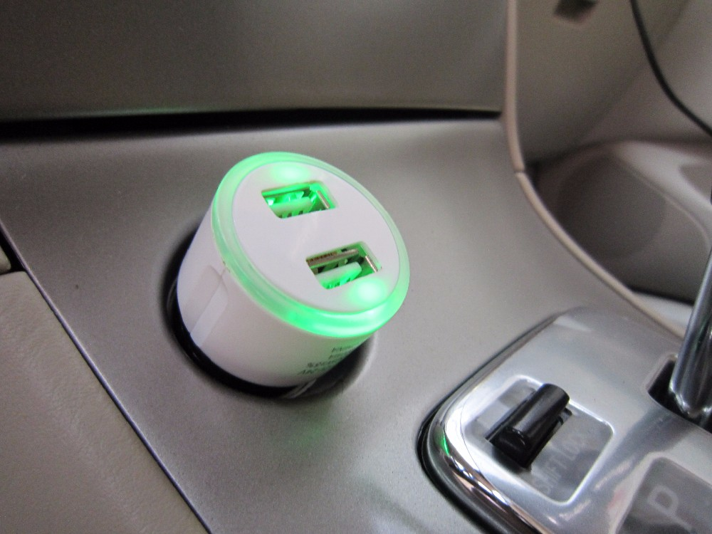 Led light car charger universal car charger OEM/ODM car charger