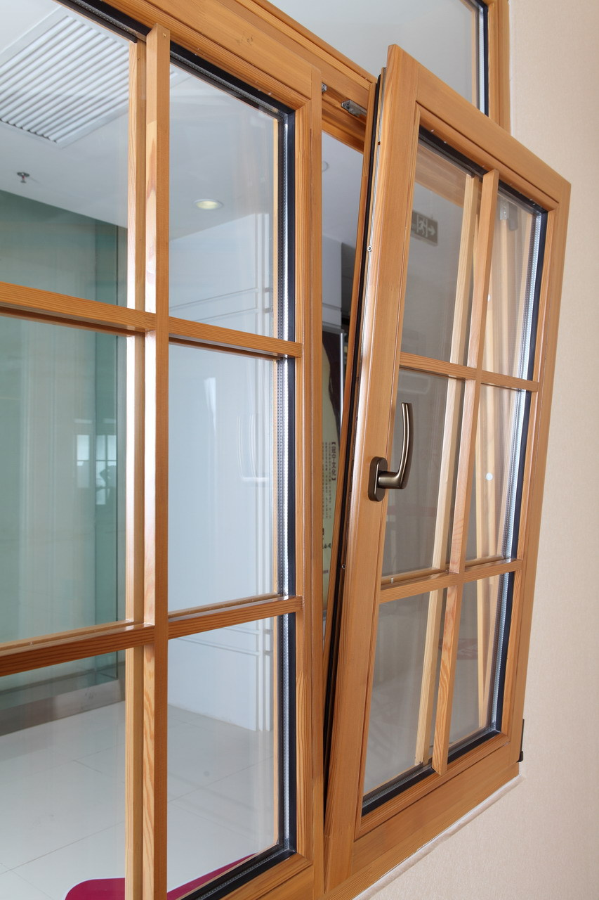 2016 newest tilt and turn solid wood window