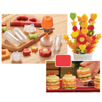 Creative Plastic Fruit Shape Cutter Slicer Veggie Food Decorator Fruit Cutter Kitchen Accessories Cooking Tools