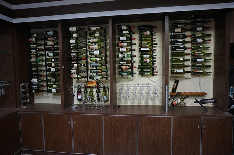 hanging metal wine glass display holders,wine racks and glass holders
