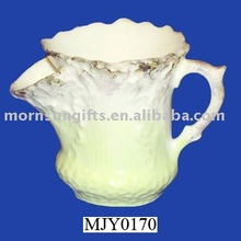 Elegant hand craved porcelain shaving mug for water container