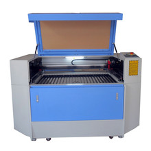 Roll Sticker Labels Laser Cutting Machine