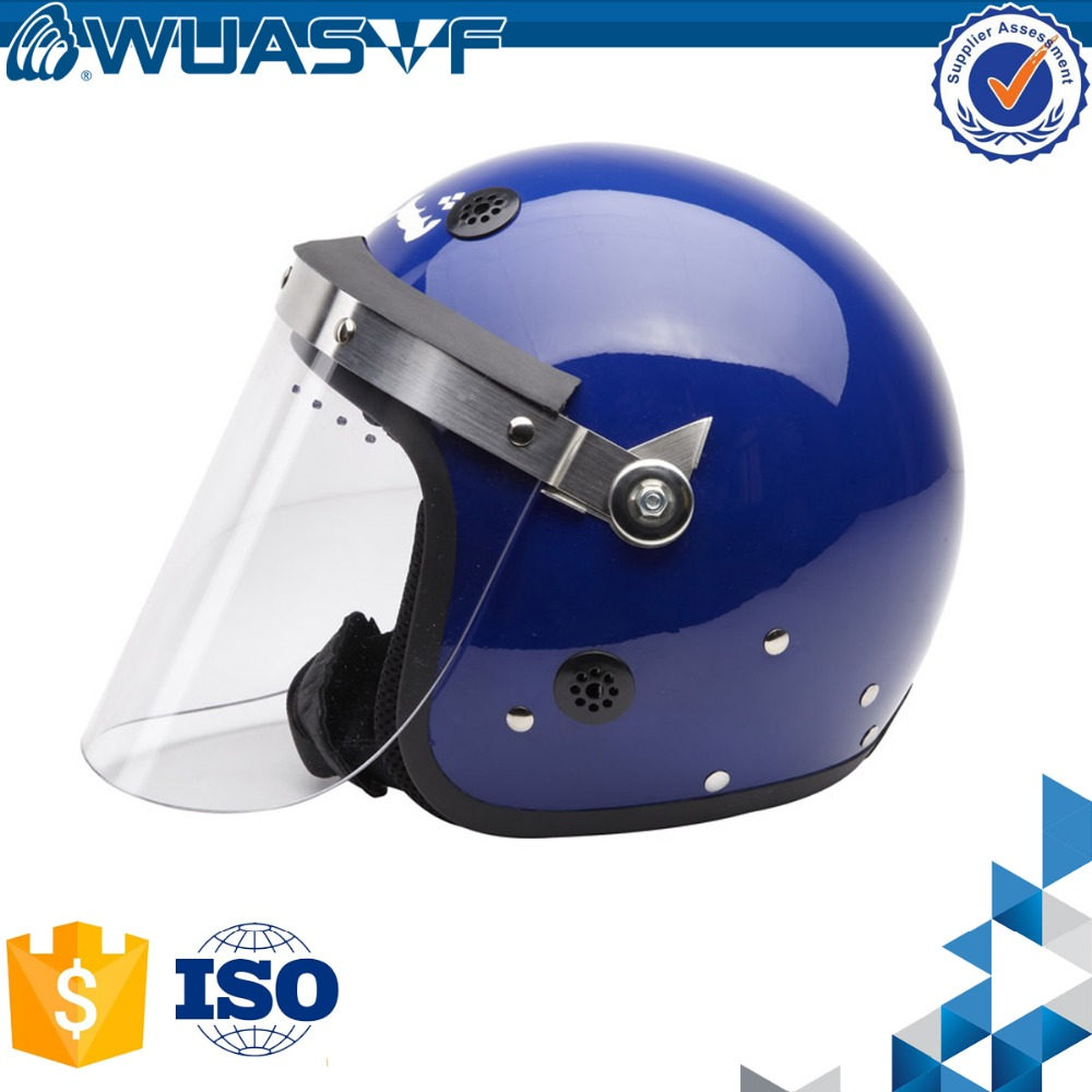 Law enforcement riot helmet with grid face shield