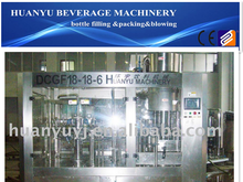 Plastic bottles of carbonated water filling machinery