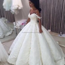 Trouwjurk Luxury Dubai 2017 Gelinlik vestido de noiva princesa luxo Big Ball Gown Lace Wedding Dresses MW878