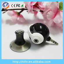 Portable 3.5mm silicon audio stand earphone splitter, stand'N splitter with suction cup
