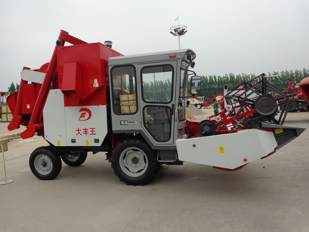 dry fied used wheat combine harvester/ wheat mini combine harvester