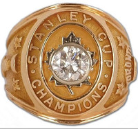 18k gold Toronto Maple Leafs Stanley Cup Hockey World Championship Ring