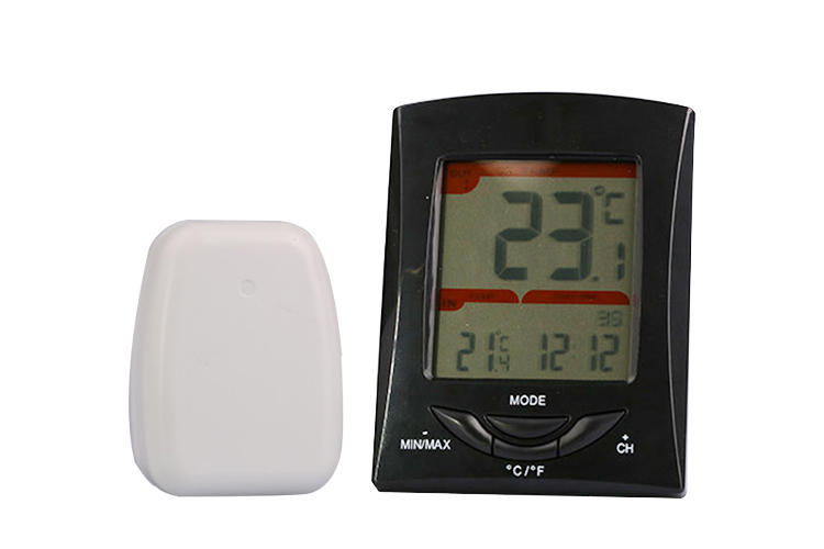 Digital wireless thermometer with alarm clock
