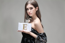 2016 Designer Clutch Famous Brand Women Clutch Envelope Women Evening Fashion White Pearlized Acrylic Customized Name Clutch