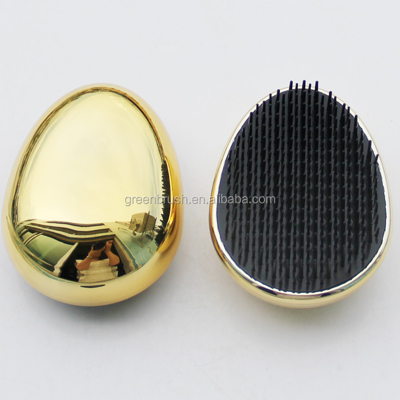 Easy cleaning plastic detangle hair dog brush