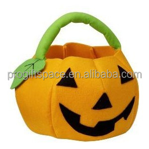 2018 New hot sales China product cheap handmade party decoration supply gift round crafts wholesale Halloween felt pumpkin bag