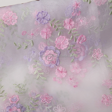 2015 Coloful Floral Pattern Design Silk White Embroidered Organza Fabric