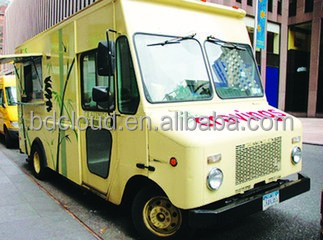Electric China Mobile food truck for Fried chicken , beer , snack and Ice cream mobile sale.