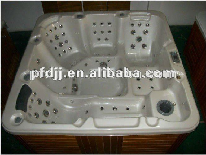 Outdoor Acrylic round hot tub
