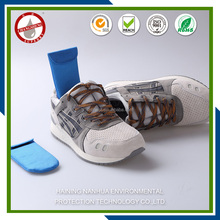 Multifunction absorb odor and moisture shoe deodorant /desiccant