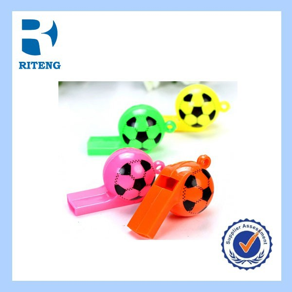 2014 new toys whistle soccer/miniature toy fotball with whistle