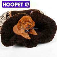 Pet furniture products for dog square dog sofa with patterned dog bed rattan