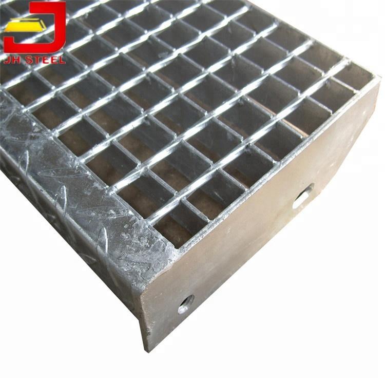 Commercial U003cstrongu003eCompositeu003c/strongu003e Exterior Steel ...