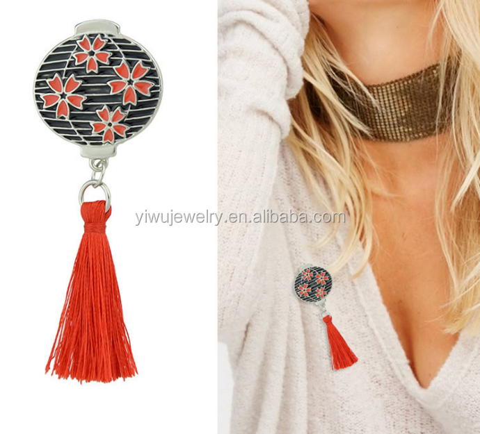 P53-<strong>102</strong> Chinese style silver red tassel black enamel round lantern brooch