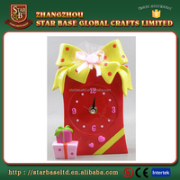 Wholesale cheap high quality gift design red resin unique table clock