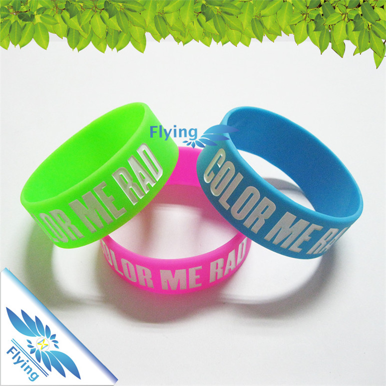Made in China cheap wristband silicon,bracelet silicone,silicone band with personalized ink filled saying