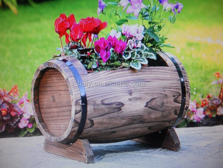 Garden planter barrel shaped rustic wooden plant flower for Decoration jardin tonneau
