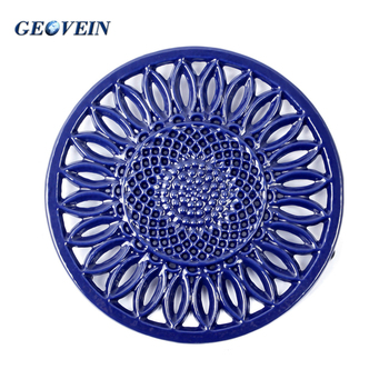 Cast iron metal/decorative/cooking trivet