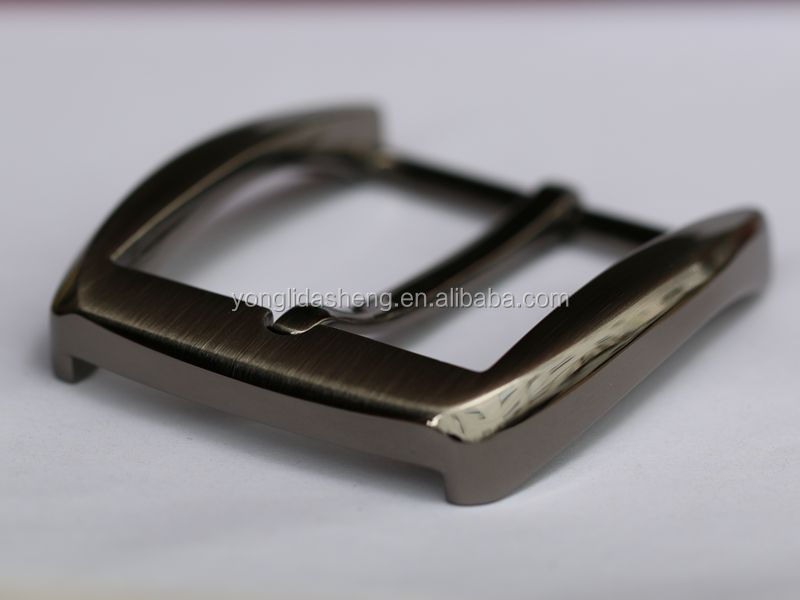 wholesale fashion metal belt buckles , pin buckle belt for men