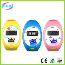 Manufacturer wholesale 2016 latest cheapest waterproof kids gps watch