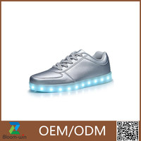2016 Newest design adult LED shoes Light Up running cool sport