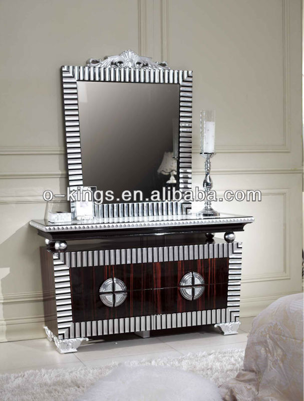 Hotel wooden dressing table with mirror