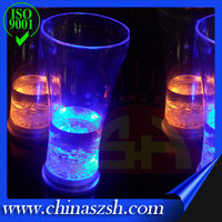 Flashing big ice cup Novelty bar accessories, glow plastic light up party supplies colorful cups