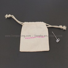 Eco friendly medium size natural cotton gift packing bag storage pouch