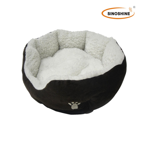 King size electric heated Pet House/Bed, Comfortable and Warm, Made of Plush, Non-woven, Poly Padding