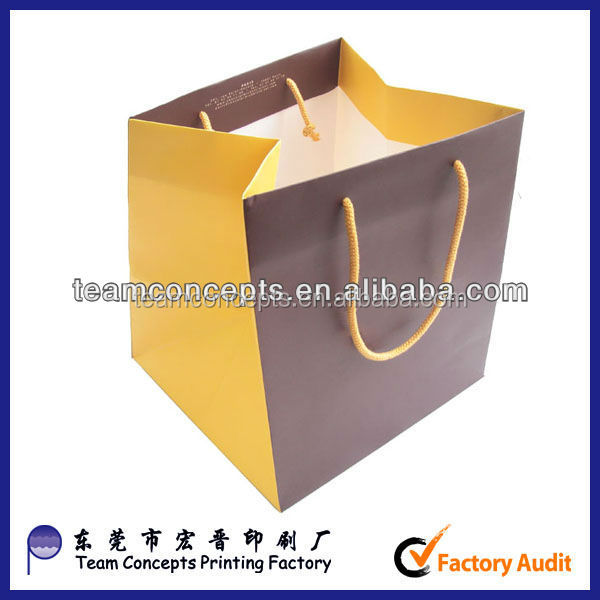 Stand square bottom paper bag making by hand